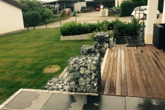 Modernder Garten Nachher